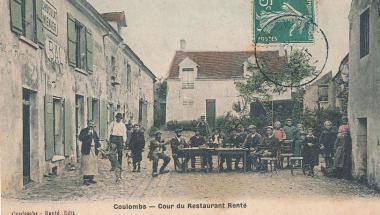 Cour du restaurant Renté